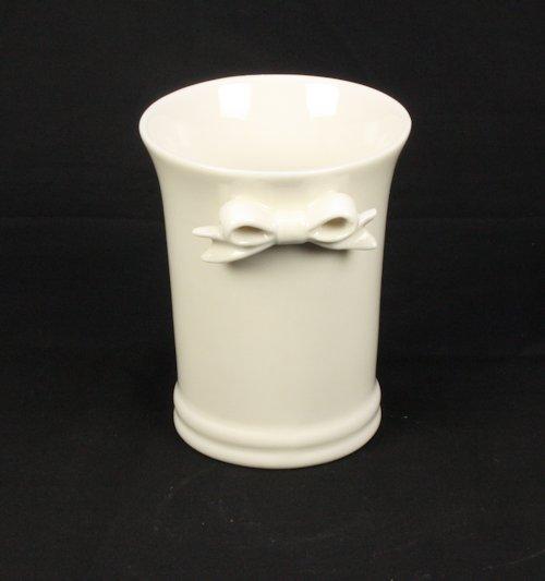 Beker creamware porcelein met strikje 10cm